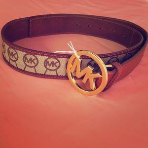 Top designer leather belt